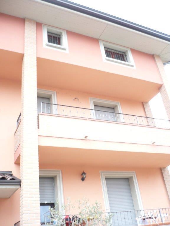 Appartamento in vendita a Felino, 4 locali, prezzo € 155.000 | Cambio Casa.it