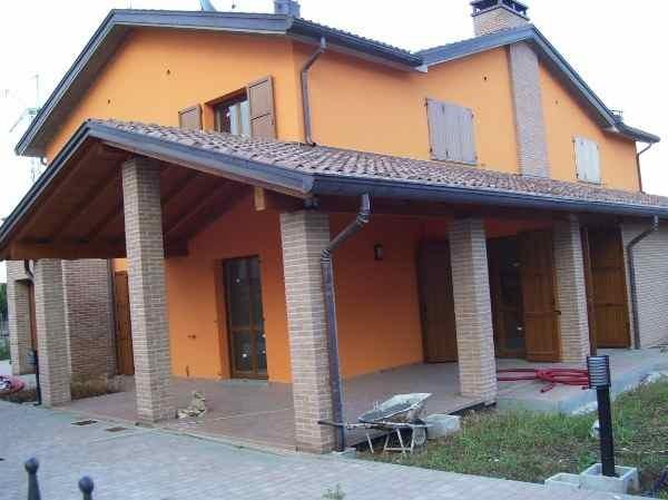 Soluzione Indipendente in vendita a Collecchio, 6 locali, prezzo € 435.000 | Cambio Casa.it