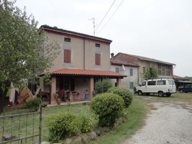 Rustico / Casale in vendita a Busseto, 4 locali, prezzo € 97.000 | Cambio Casa.it