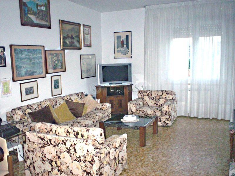 Appartamento in vendita a Vezzano Ligure, 4 locali, prezzo € 185.000 | Cambio Casa.it