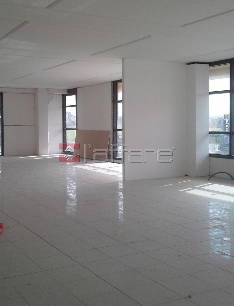 Ufficio / Studio in affitto a Ponsacco, 9999 locali, Trattative riservate | Cambio Casa.it