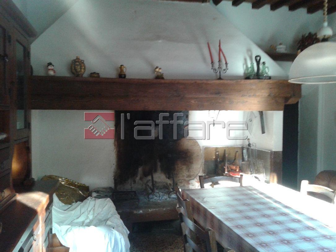 Appartamento in vendita a Chianni, 3 locali, prezzo € 70.000 | Cambio Casa.it
