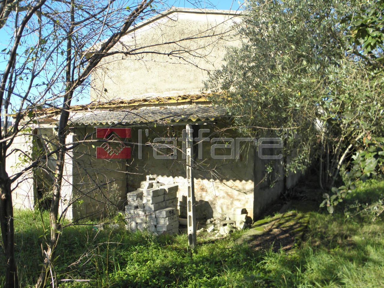 Rustico / Casale in vendita a Ponsacco, 6 locali, prezzo € 250.000 | CambioCasa.it
