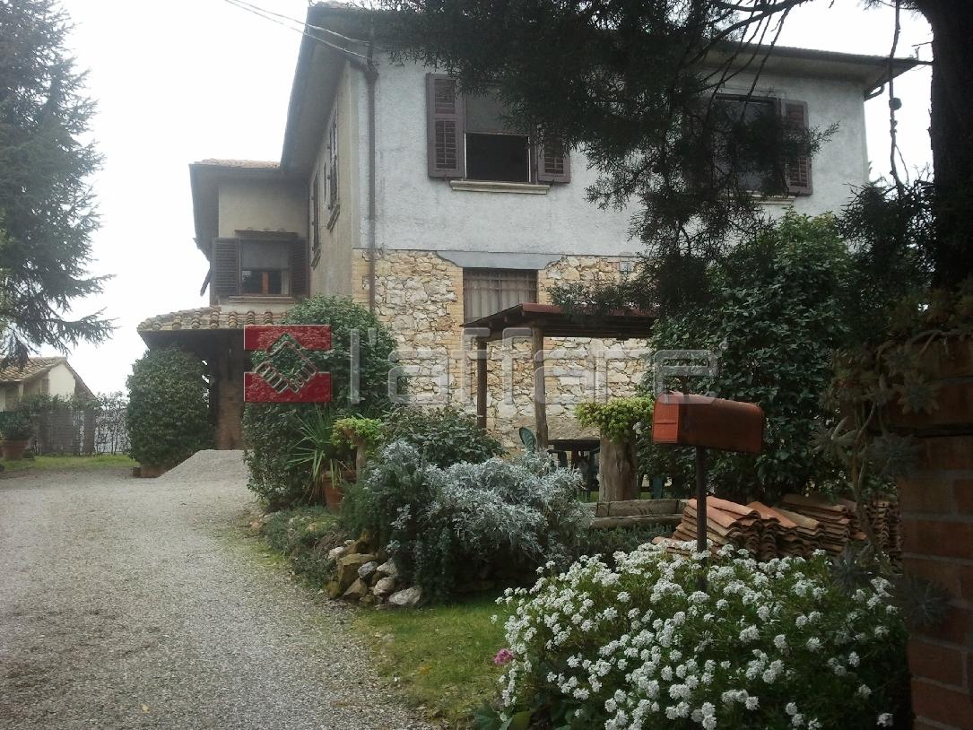 Rustico / Casale in vendita a Montaione, 11 locali, prezzo € 800.000 | Cambio Casa.it