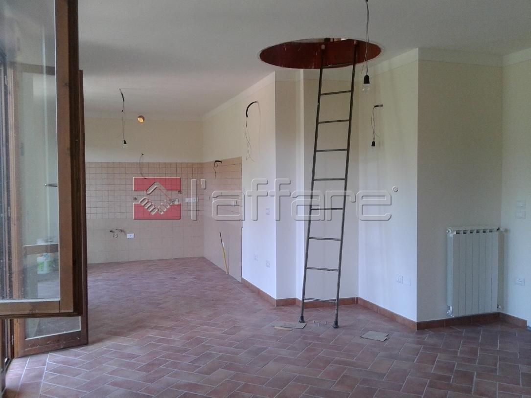 Appartamento in vendita a Casciana Terme Lari, 7 locali, prezzo € 205.000 | Cambio Casa.it