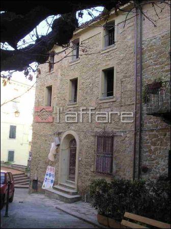 Appartamento in vendita a Chianni, 2 locali, prezzo € 80.000 | Cambio Casa.it