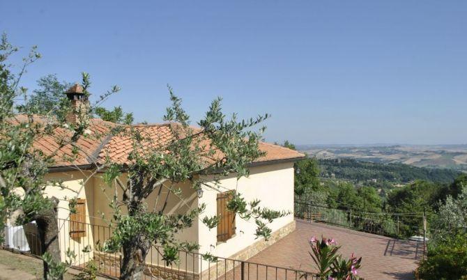 Rustico / Casale in vendita a Volterra, 8 locali, prezzo € 400.000 | Cambiocasa.it