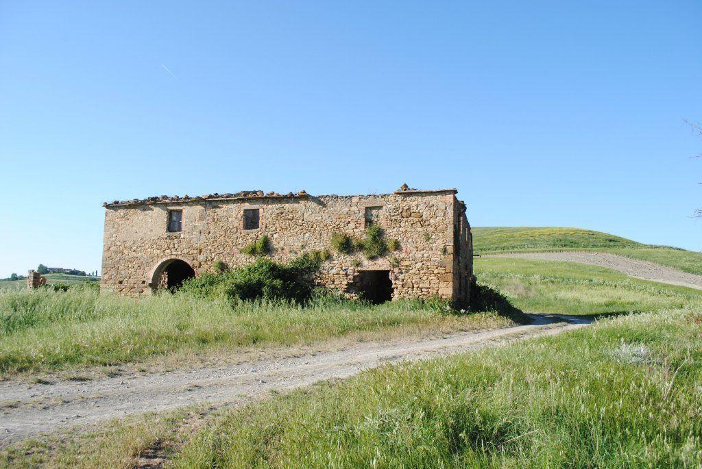 Rustico / Casale in vendita a Volterra, 12 locali, prezzo € 360.000 | Cambiocasa.it