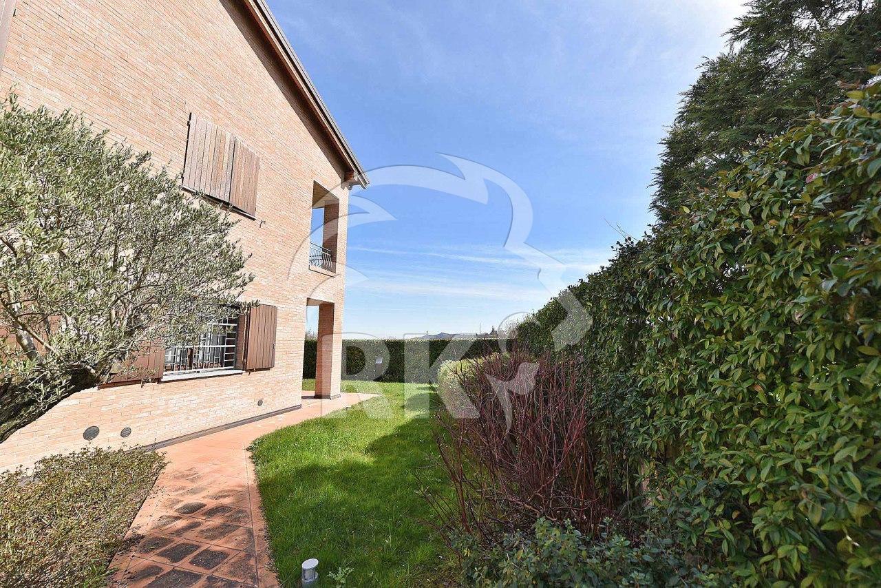 Indipendente villa in vendita zola predosa annunci vendita for Case in vendita zola predosa