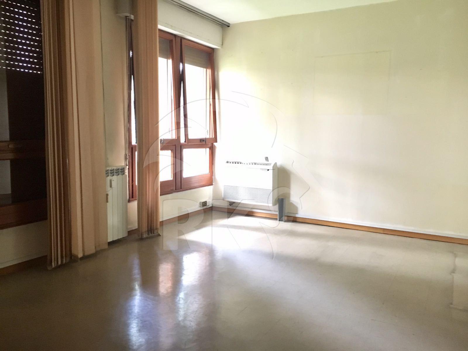 Ufficio ufficio di rappresentanza in vendita roma eur for Vendesi ufficio roma