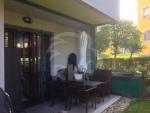 vendesi appartamento con giardino