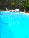 Vendesi villa con piscina