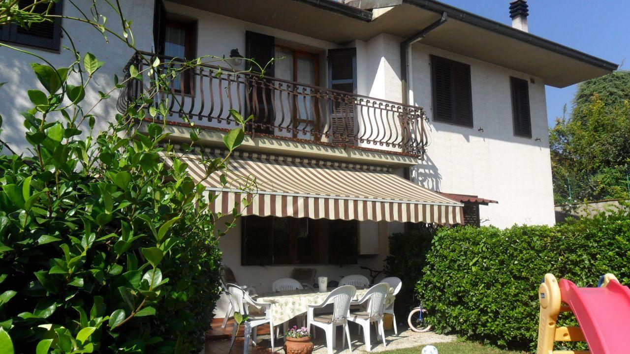Villa in vendita a Pieve a Nievole, 5 locali, prezzo € 300.000 | Cambio Casa.it