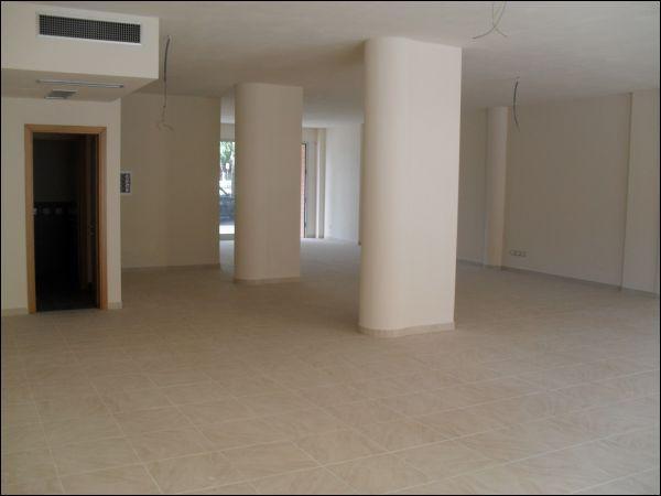 Negozio / Locale in affitto a Pontedera, 1 locali, prezzo € 1.600 | Cambio Casa.it