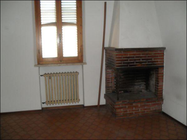 Appartamento in vendita a Santa Croce sull'Arno, 4 locali, prezzo € 87.000 | Cambio Casa.it