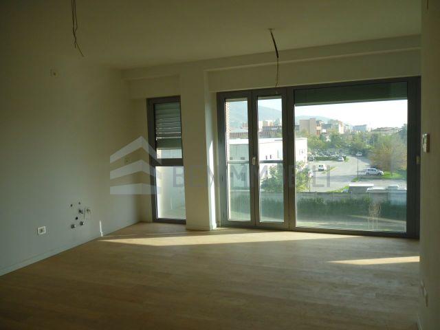 Brescia aventis tecnoliving benimmobili for Appartamento stile newyorkese