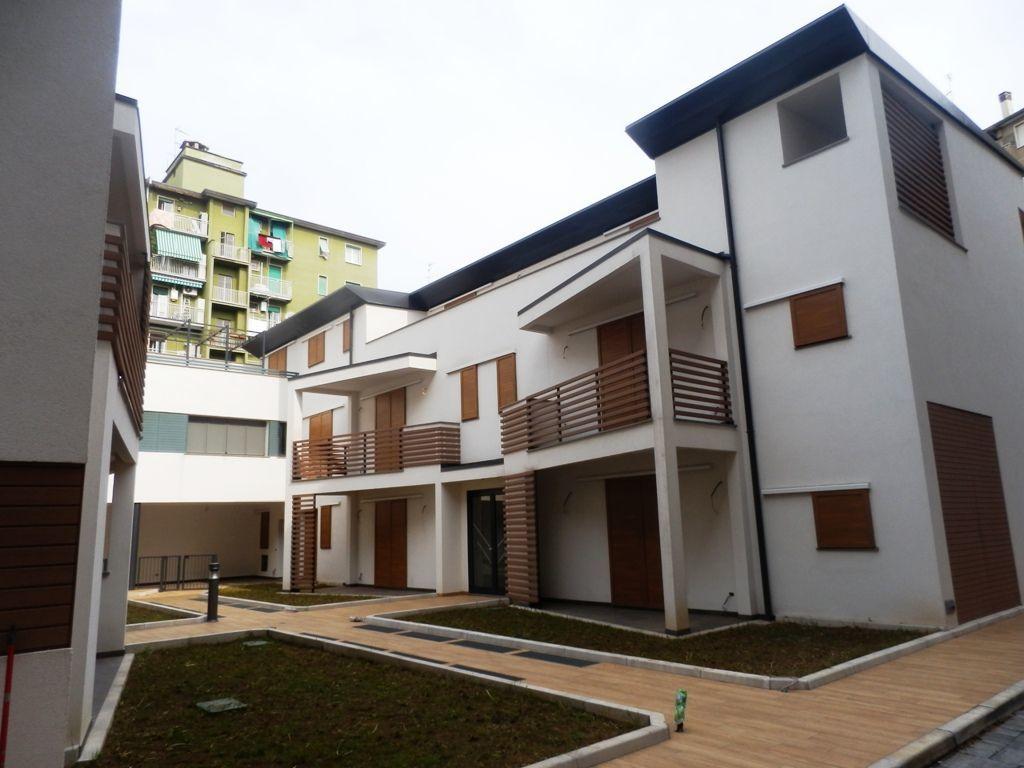 Appartamento in vendita a Milano, 3 locali, prezzo € 475.000 | Cambiocasa.it