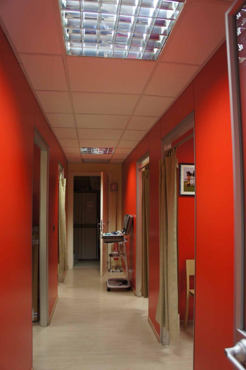 Ufficio / Studio in vendita a Folignano, 5 locali, prezzo € 100.000 | Cambio Casa.it