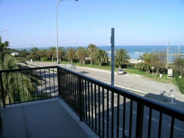 Appartamento in vendita a Campofilone, 4 locali, prezzo € 180.000 | Cambio Casa.it
