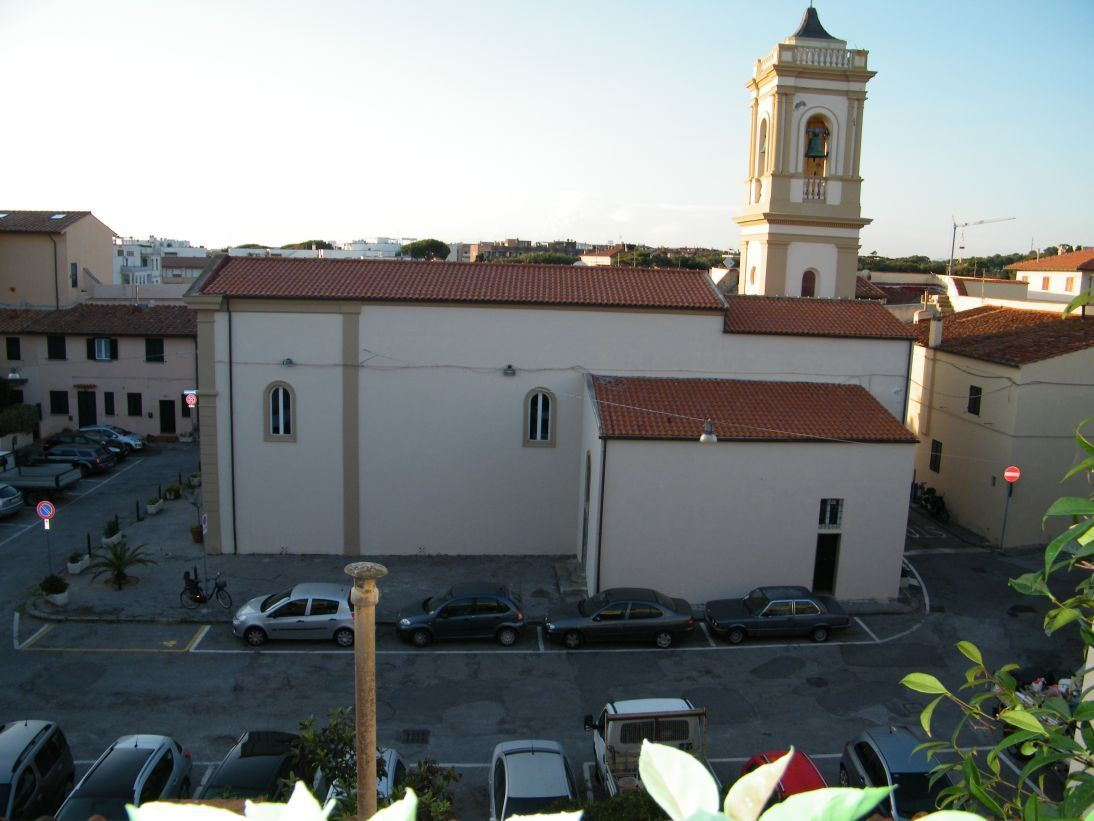 piazza del castello.jpg