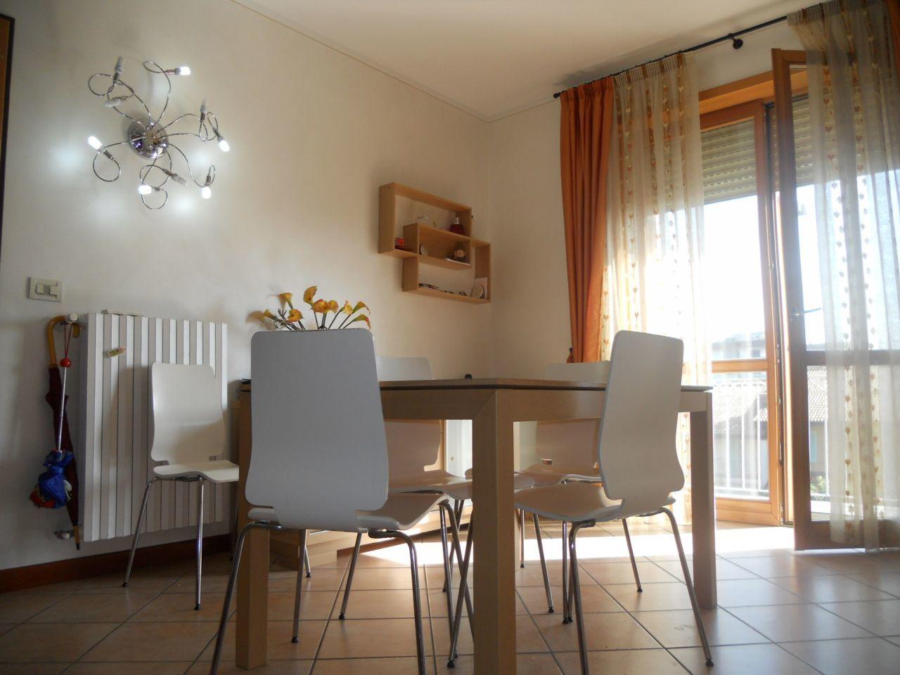 Appartamento in vendita a Chiari, 4 locali, prezzo € 165.000 | Cambiocasa.it