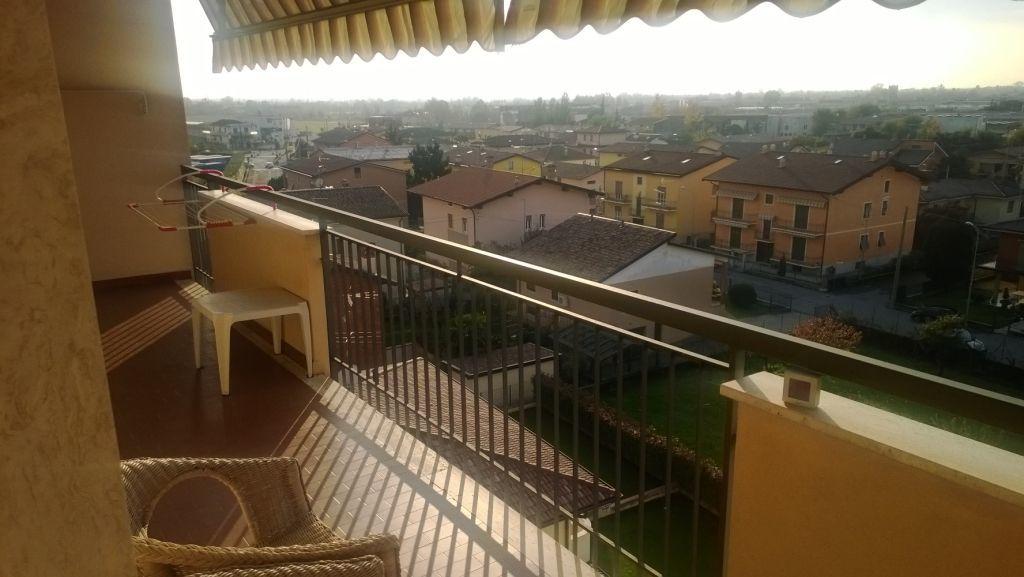 Appartamento in vendita a Chiari, 6 locali, prezzo € 155.000 | Cambiocasa.it
