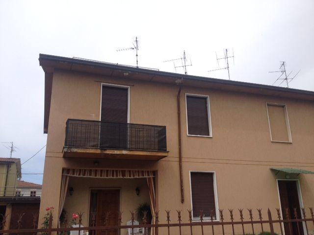 Appartamento in vendita a Coccaglio, 3 locali, prezzo € 60.000 | Cambiocasa.it