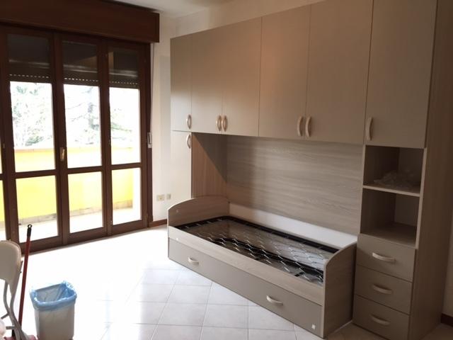 Appartamento 1 letto in affitto reggio nell 39 emilia roncina - Posto letto reggio emilia ...