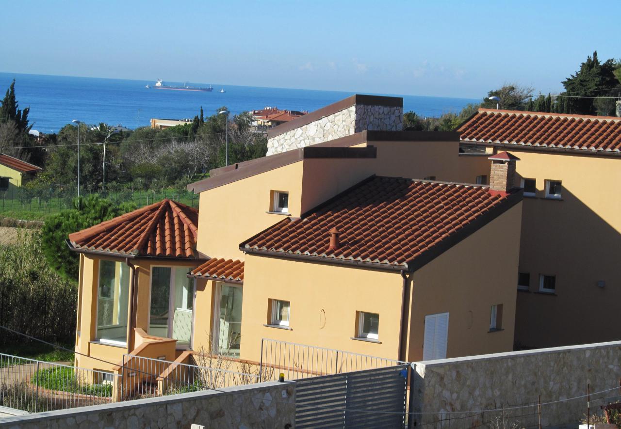 Cerca villa a livorno li antignano cerco ville case for Case livorno