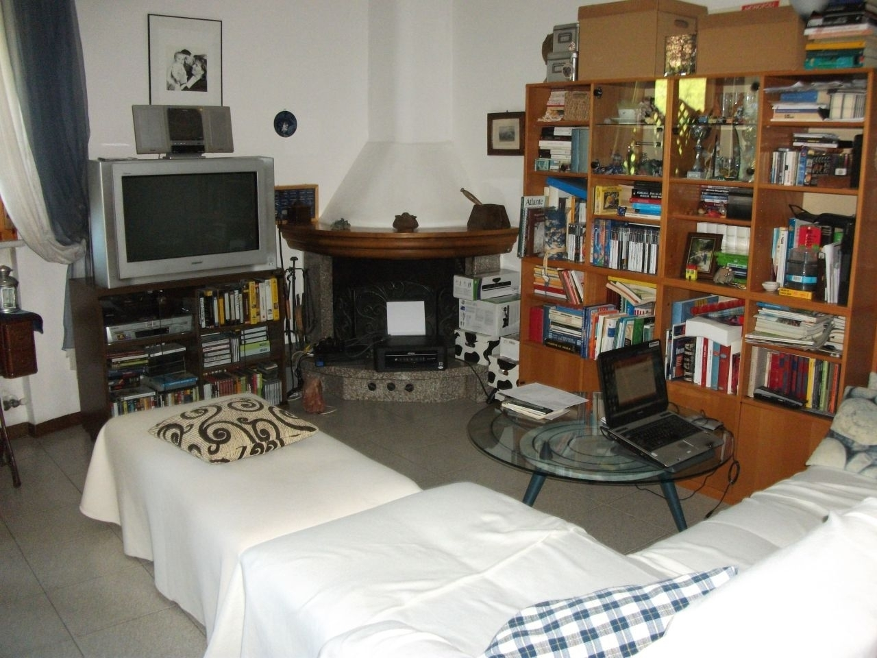 Appartamento 5 locali in vendita a Carrara (MS)