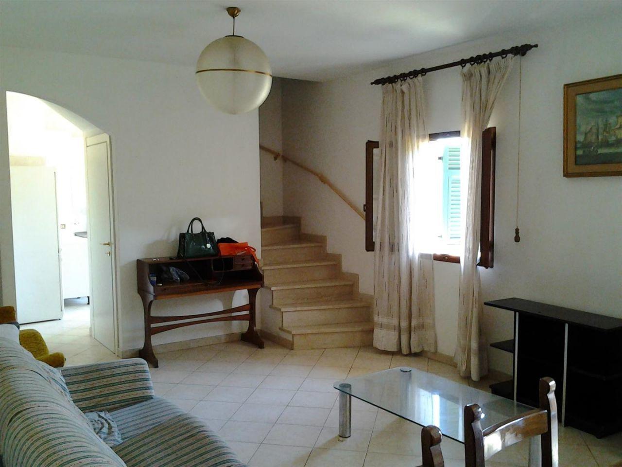 Casa indipendente quadrilocale in vendita a Ameglia (SP)