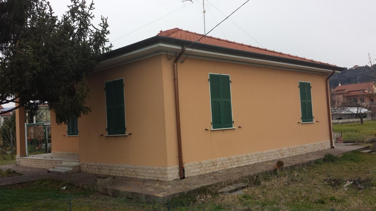 Case casa indipendente in vendita sarzana union media 105073 for Case in vendita sarzana