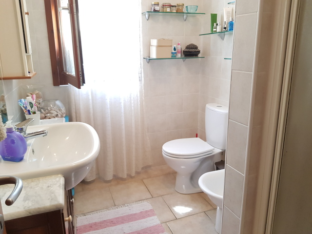 bagno con doccia p rialzato