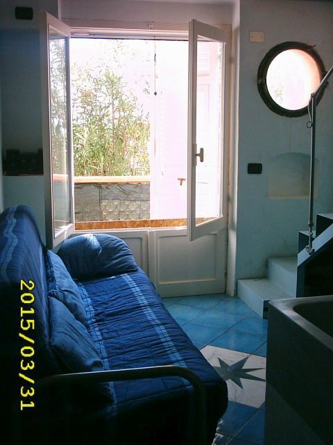 1-soggiorno-cucina.jpg