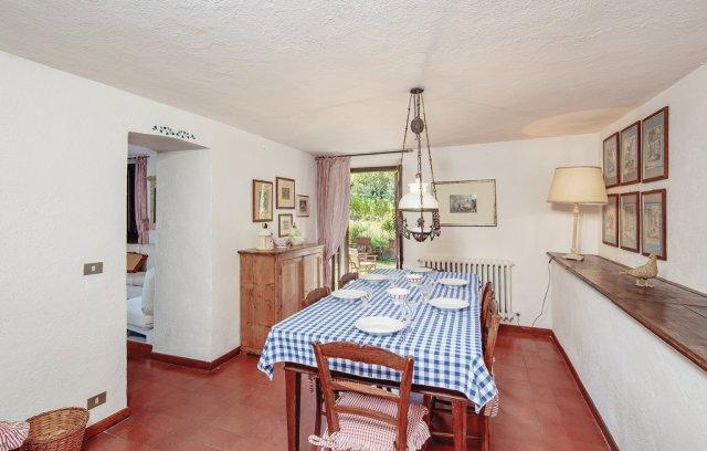 ill570_kitchen_02.jpg