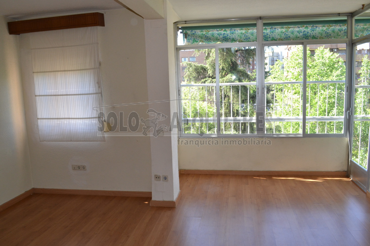 flat-for-rent-in-calle-uruguay-madrid