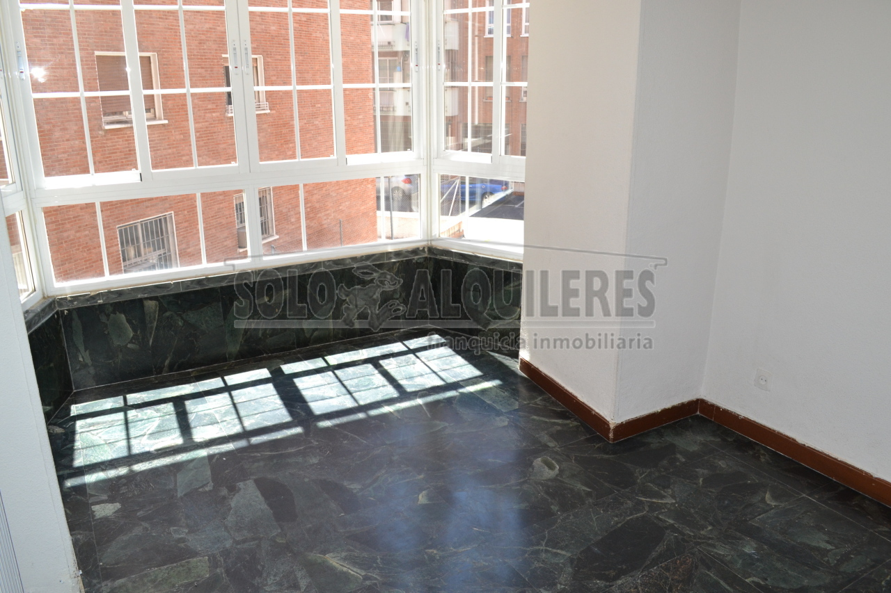 flat-for-rent-in-calle-lopez-de-hoyos-madrid