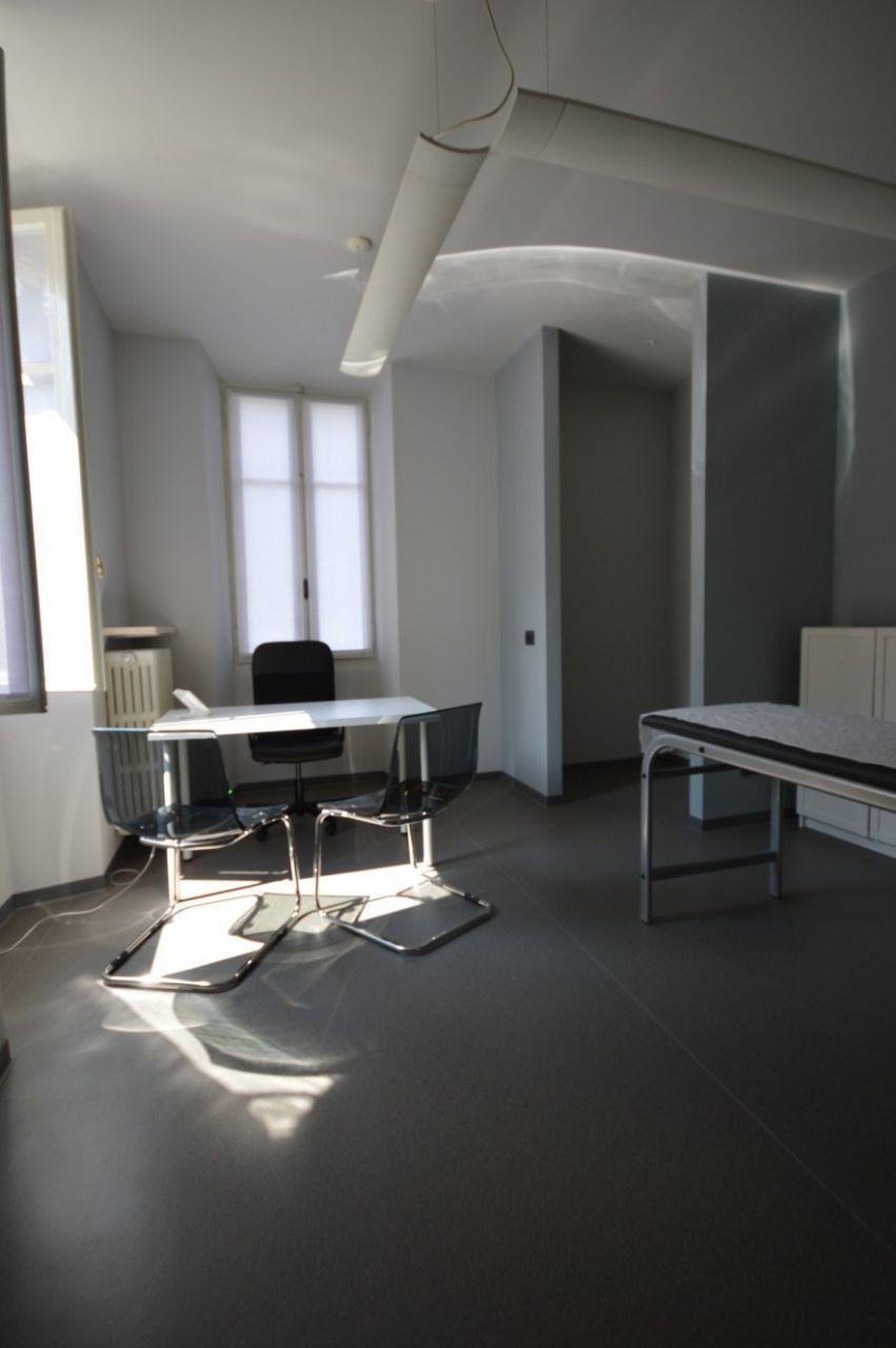 Ufficio in affitto borgomanero annunci vendita e affitto for Studio medico in affitto roma