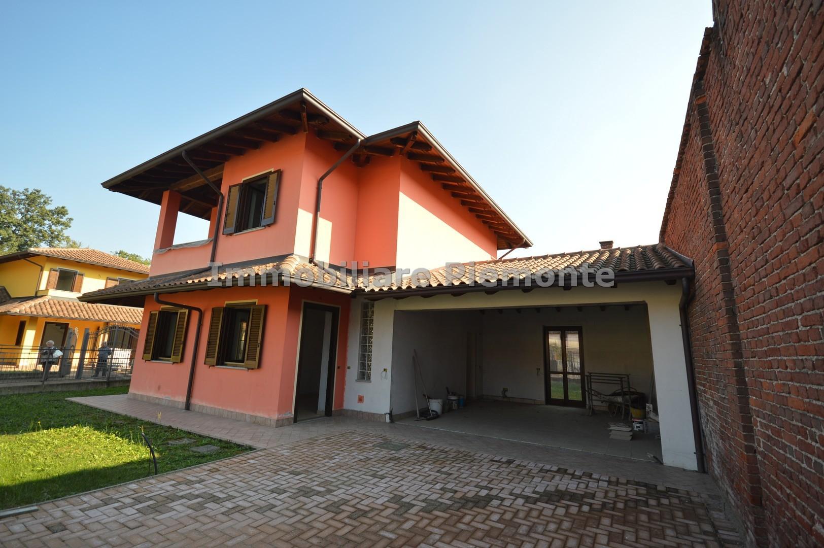 Villa in vendita cressa annunci vendita e affitto case for Negozi arredamento piemonte