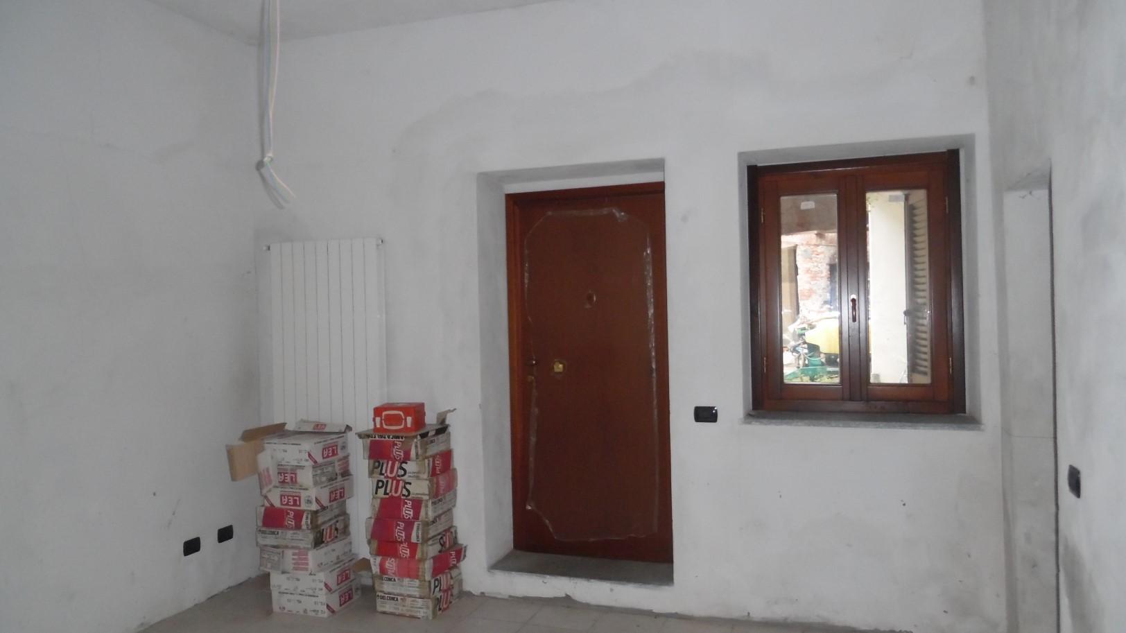 Appartamento bilocale in vendita ghemme annunci vendita e for Creatore piano terra online