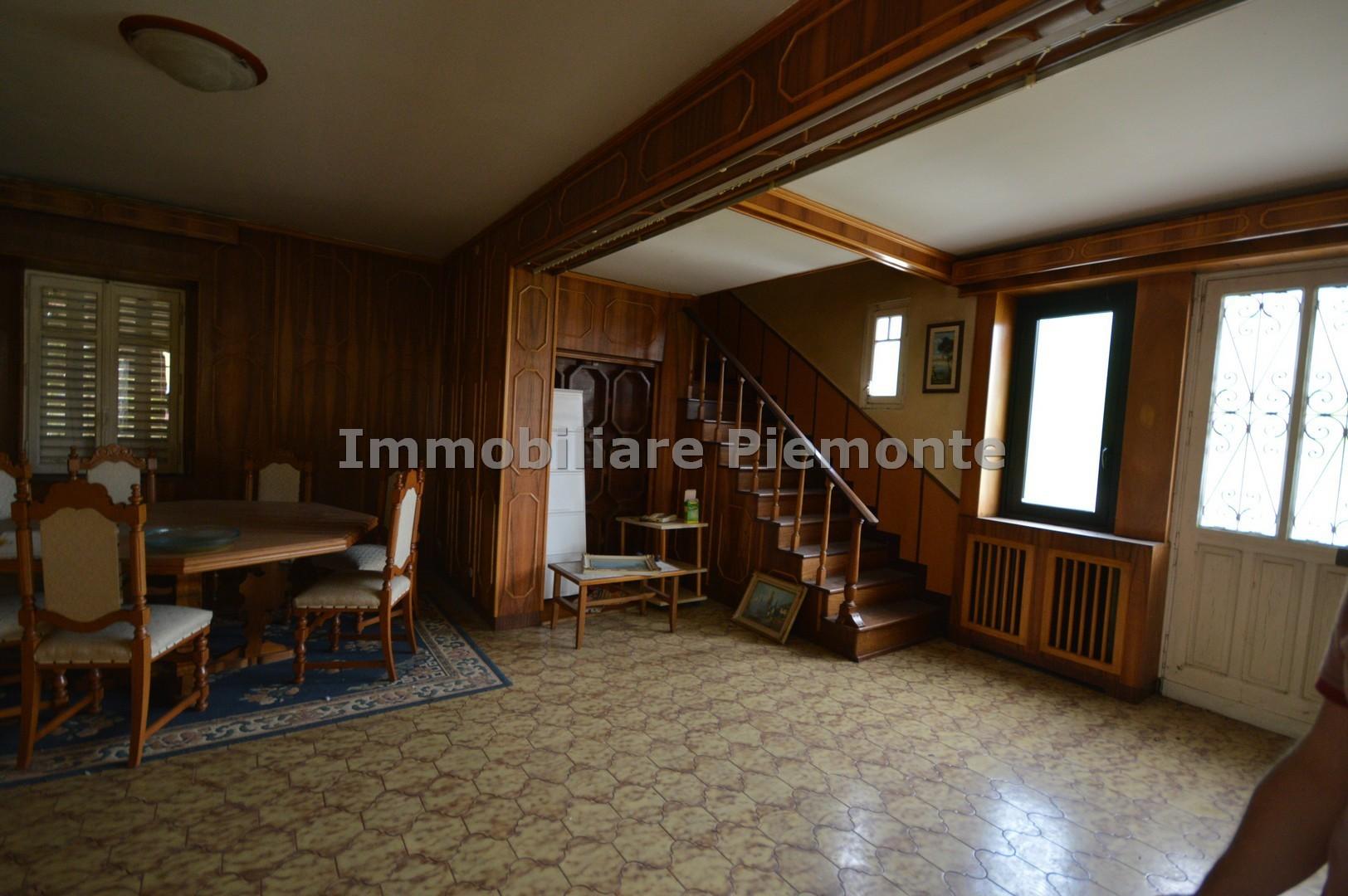 Villa in vendita borgomanero annunci vendita e affitto for Negozi arredamento piemonte