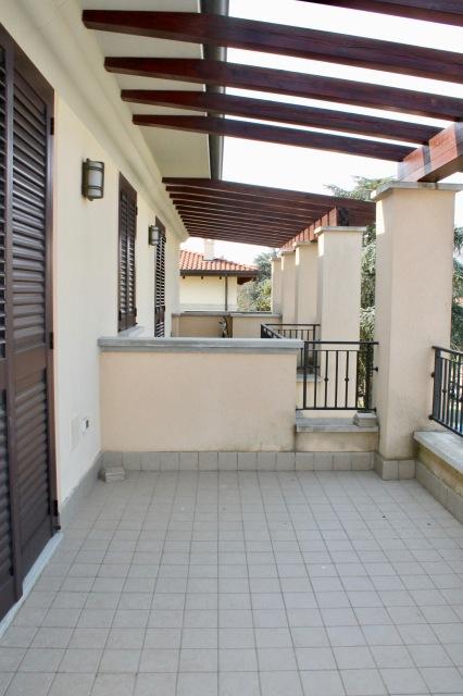 4 terrazza abitabile.jpg