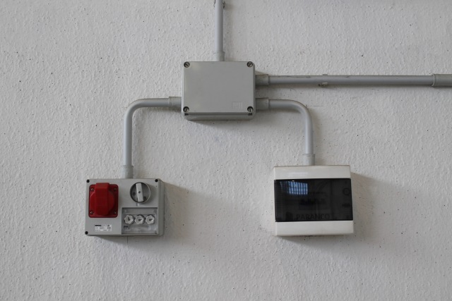 Impianti elettrici.jpg