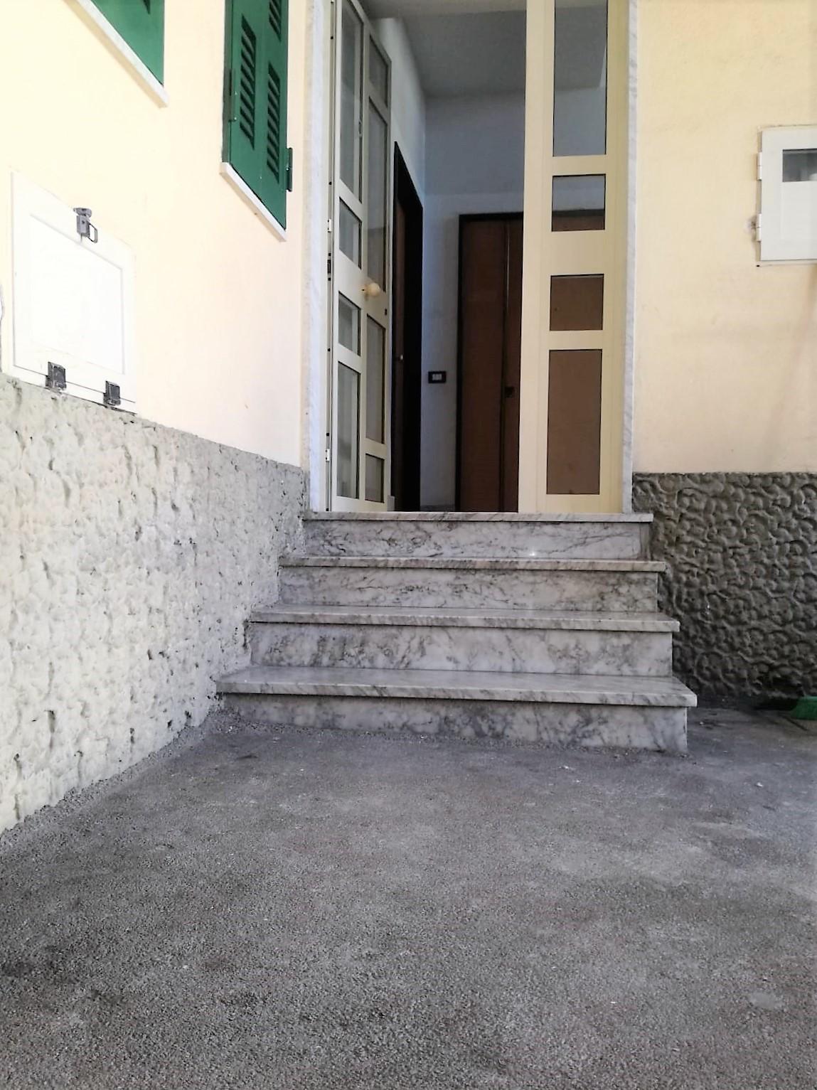 Appartamento monolocale in affitto marano di napoli for Monolocale napoli affitto arredato