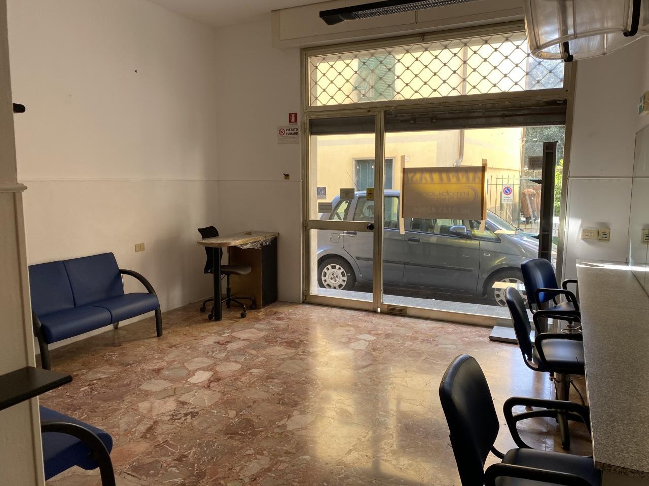 Negozio / Locale in vendita a Chiavari, 1 locali, prezzo € 120.000 | CambioCasa.it