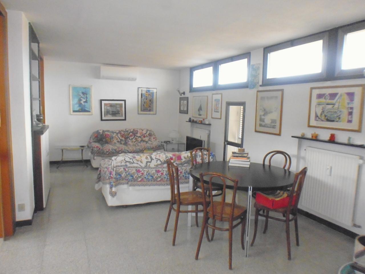 Appartamento in affitto a Sestri Levante, 4 locali, prezzo € 700 | CambioCasa.it