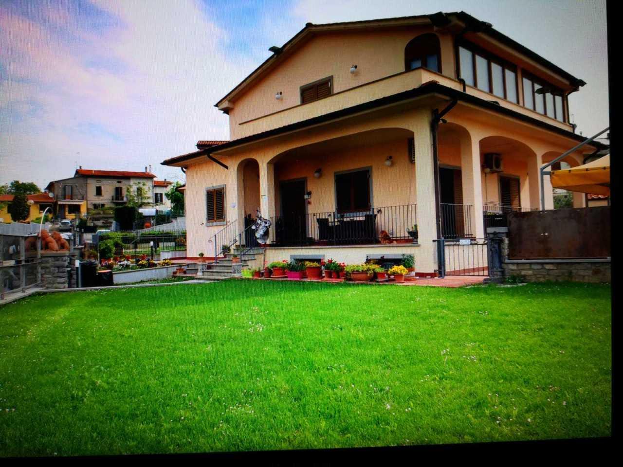 Appartamento in vendita a Arezzo, 12 locali, prezzo € 690.000 | PortaleAgenzieImmobiliari.it
