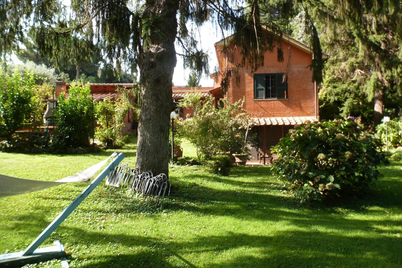 Villa in buone condizioni in vendita Rif. 11221849