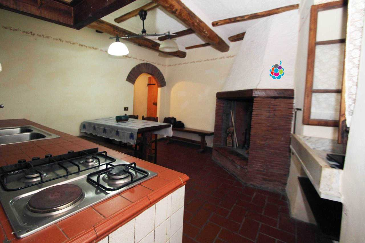 Casa Indipendente ristrutturato arredato in affitto Rif. 5497095