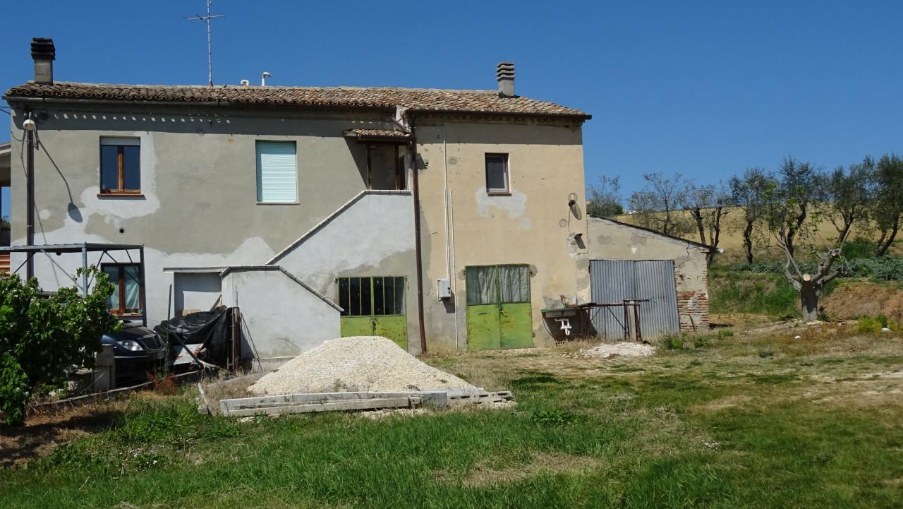 Soluzione Semindipendente in vendita a Santa Maria Nuova, 3 locali, prezzo € 73.000 | CambioCasa.it